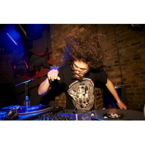 "The Gaslamp Killer ""In The Dark"""